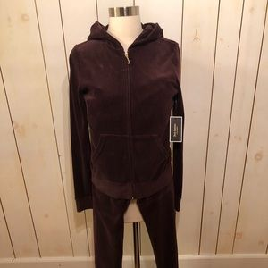 Juicy Couture velvet running suit in brown size L